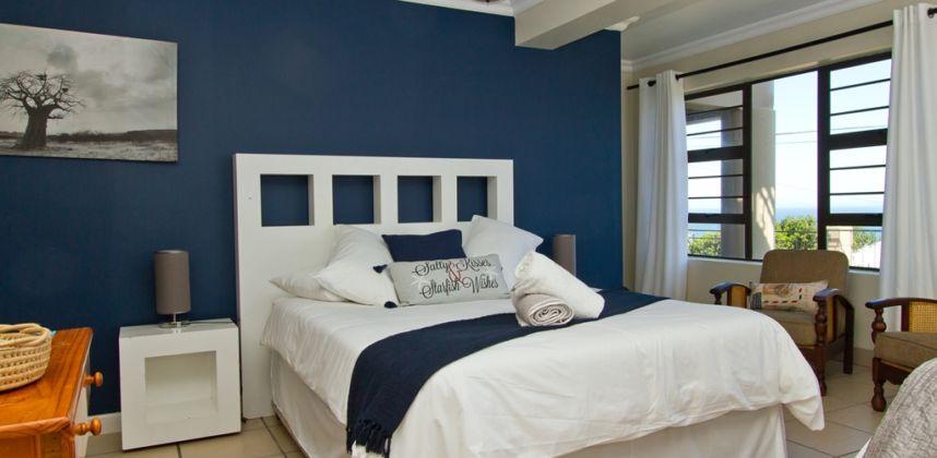 Blue room (Room 01)