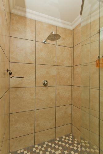 Green bathroom shower